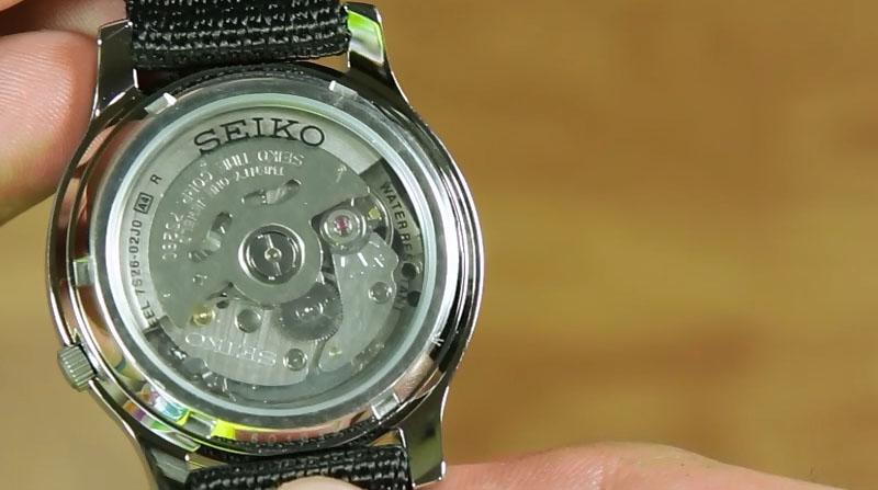 snk809-black-g